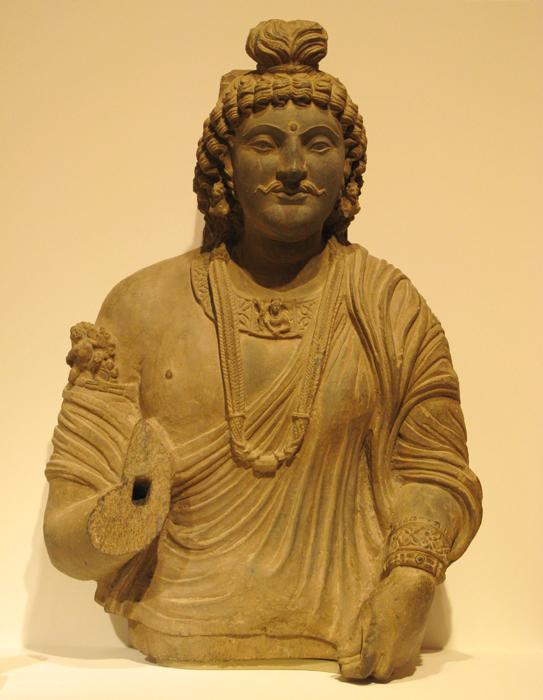 kushan dynasty Kujula kadphises (30-80 ad) established the kushan dynasty in 78 ad by taking  advantage of disunion between the pahalava (parthian) and scytho-parthians,.
